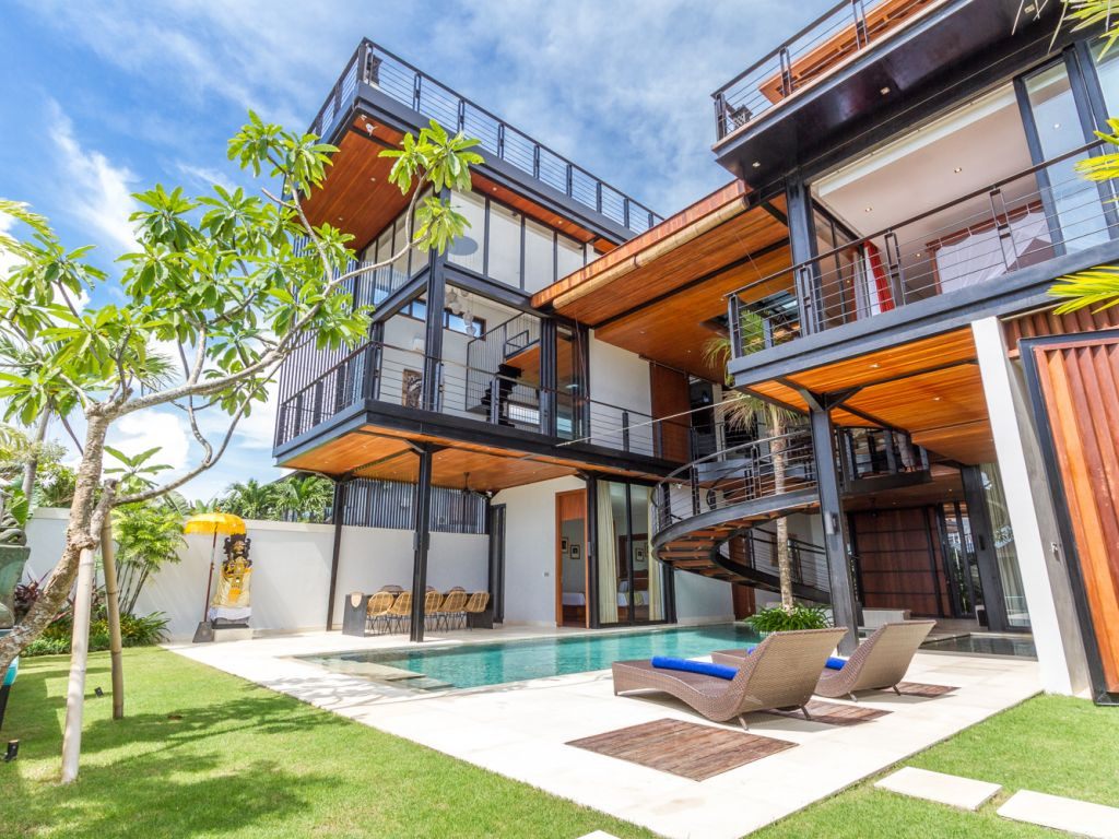 villa-umalas-luxury-rooftop-ocean-view