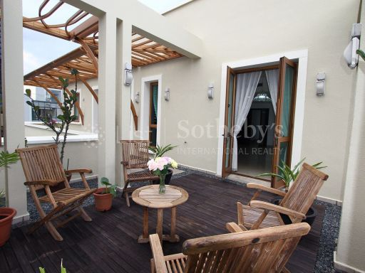 avalon-exquisite-garden-penthouse-at-anderson-road 2