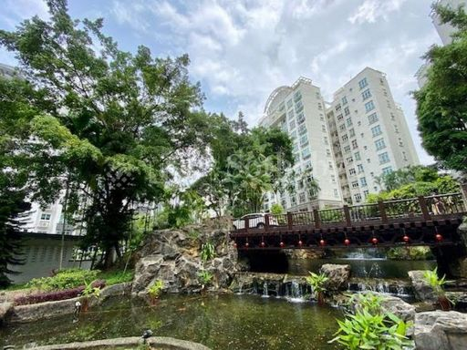 summerhill-stunning-mountain-view-freehold-condo-for-sale 9