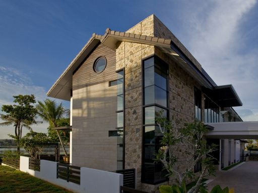 lakefront-house-in-sentosa-cove 1