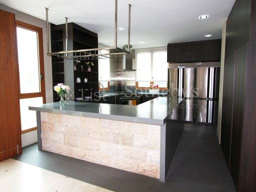 avalon-exquisite-garden-penthouse-at-anderson-road 16