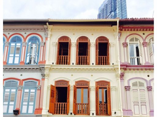cbd-well-renovated-3-storey-conserved-shophouse 1