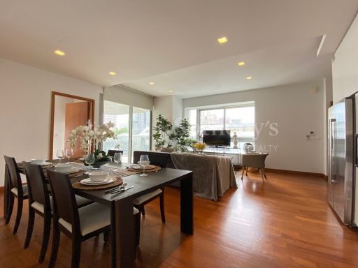 skyline-at-orchard-boulevard-4bedroom-plus-in-upscale-orchard-boulevard 3