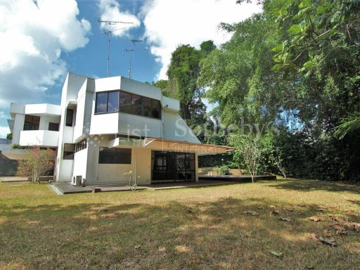 tanglin-hill-good-class-bungalow 4