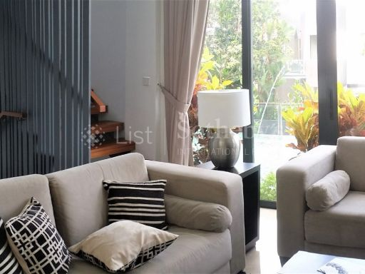 4-modern-cluster-bungalows-in-bukit-timah-with-pool 2