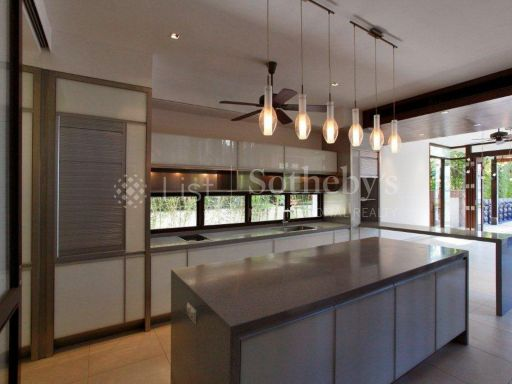seafront-bungalow-sentosa-cove 5