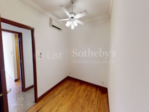 river-place-4-bedroom-in-riverfront-condominium-with-greenery-views 6