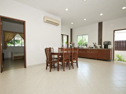 semi-detached-on-seletar-hills-drive-for-sale 7