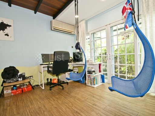 lovely-cottage-style-semi-detached-at-serangoon-gardens 9