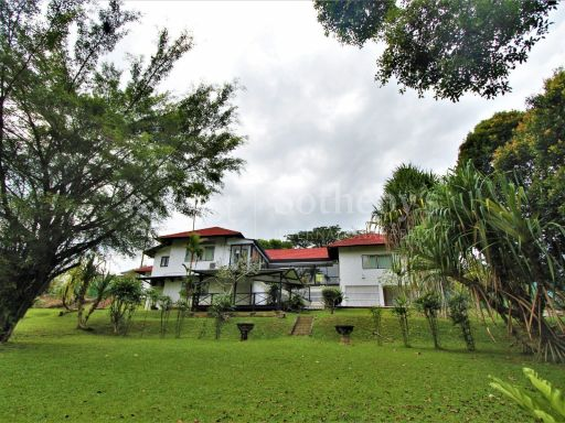 good-class-bungalow-in-coronation-road-west 4