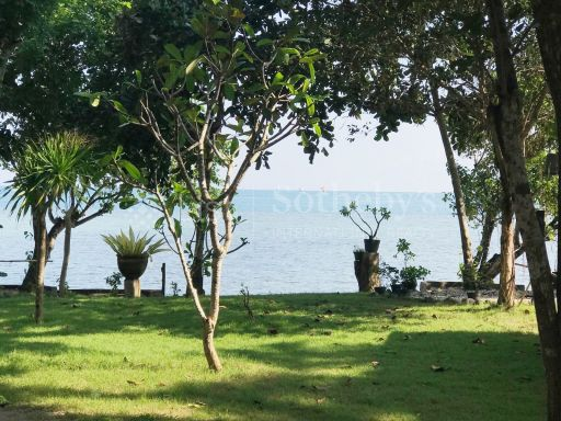 private-oceanfront-peninsular-for-sale-in-south-west-lombok 9