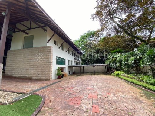 chatsworth-good-class-bungalow-for-sale 2