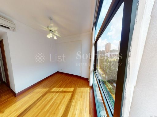 river-place-4-bedroom-in-riverfront-condominium-with-greenery-views 9