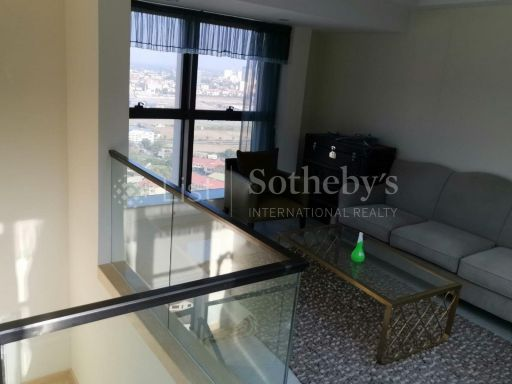 rare-spacious-penthouse-in-the-heart-of-phnom-penh-city 4