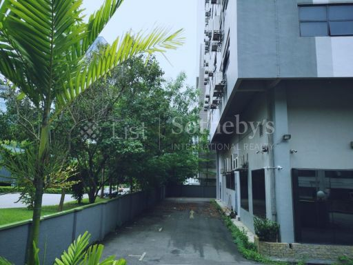 commercial-industrial-building-for-sale-on-alexandra-terrace 12