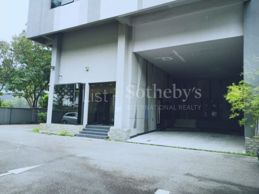 commercial-industrial-building-for-sale-on-alexandra-terrace 9