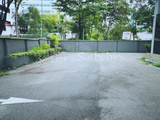 commercial-industrial-building-for-sale-on-alexandra-terrace 13