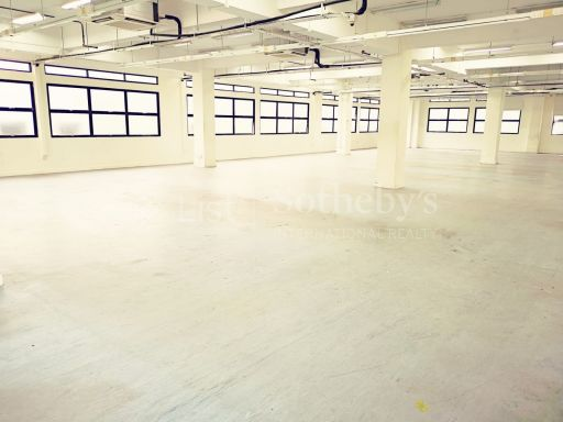 commercial-industrial-building-for-sale-on-alexandra-terrace 5