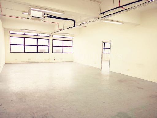 commercial-industrial-building-for-sale-on-alexandra-terrace 6