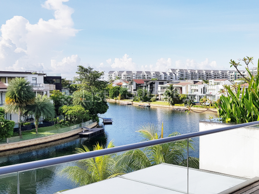 waterfront-bungalow-at-ocean-drive-sentosa-cove 10