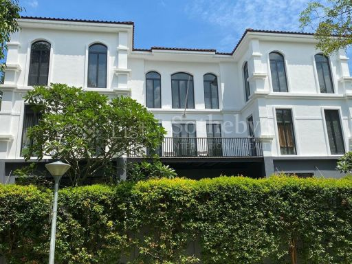 black-and-white-style-bungalow-for-sale 21