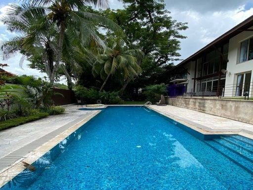 chatsworth-good-class-bungalow-for-sale 1