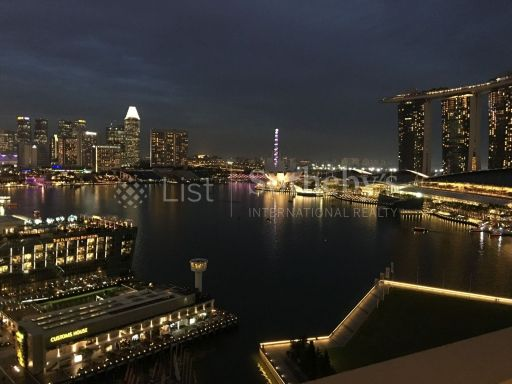 the-sail-at-marina-bay 11